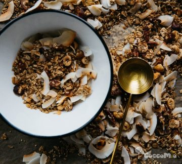 CoccoMio Granola Quinoa and Pecan Recipe Square